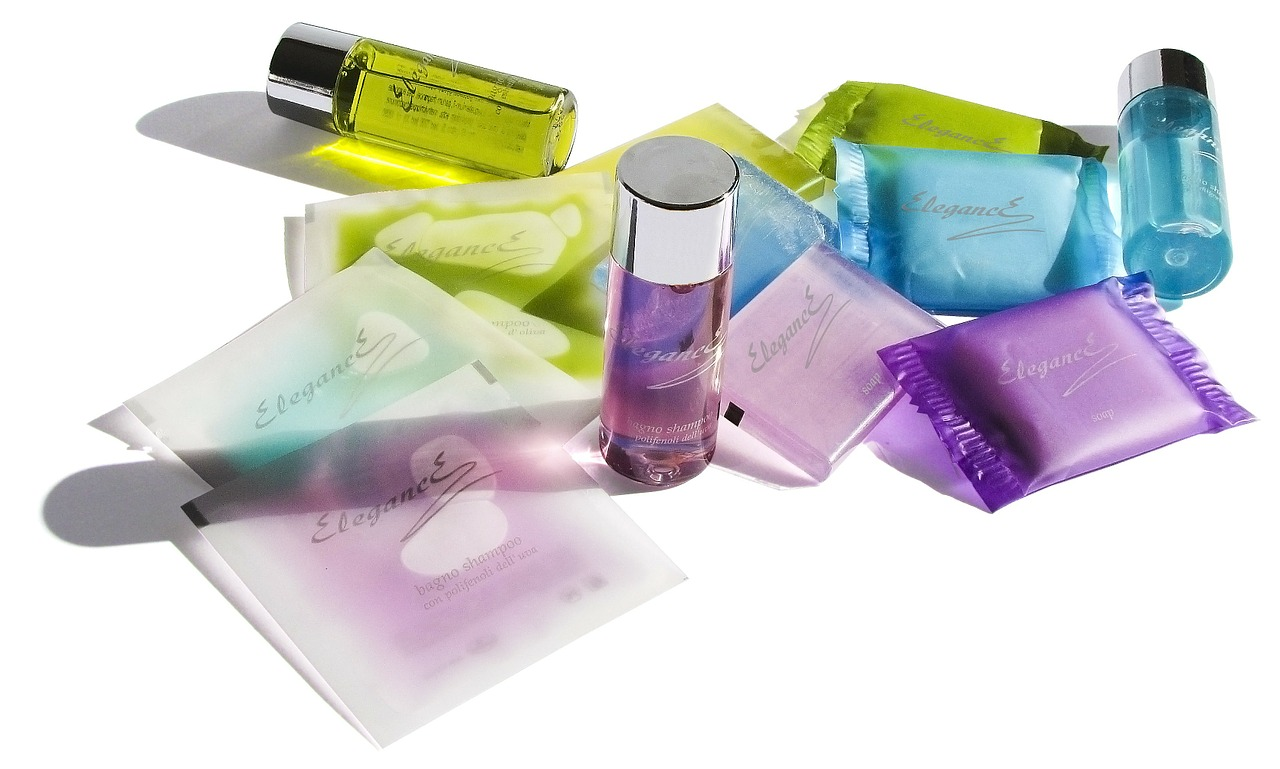 本当にシミが消える化粧品は現状ない。シミ消しをうたった高額商品に気をつけよう