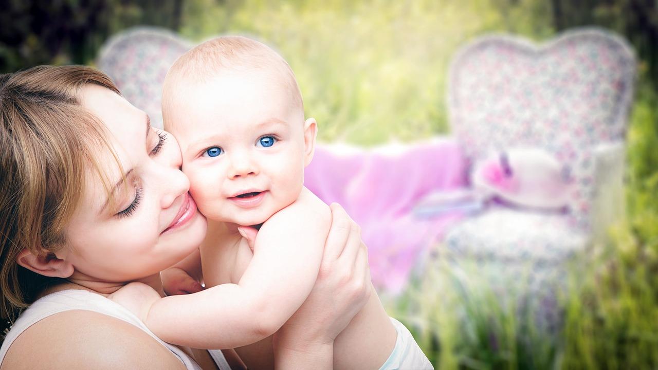 産後11ヶ月からひどい抜け毛が…やばい…育毛剤で早急な改善対策を!